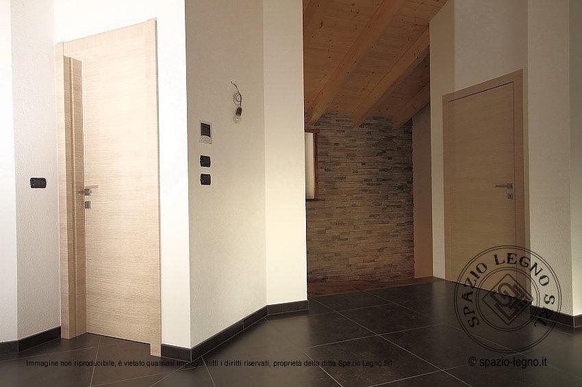 Porte metacrillato garofoli di colore chiaro e abbinate for Garofoli porte
