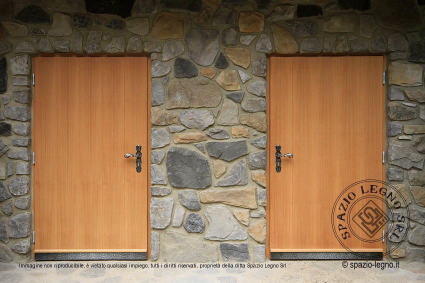 portoni ingresso legno larice