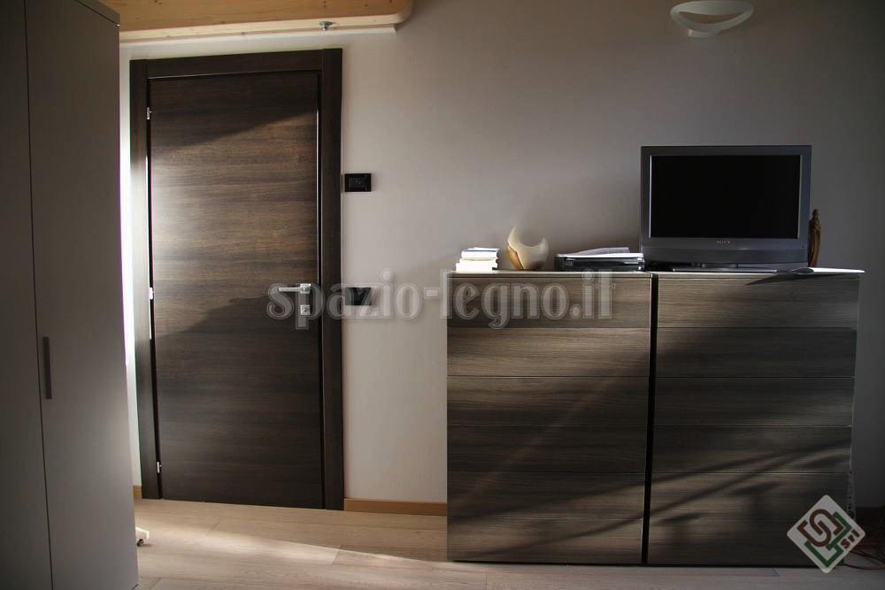 Porta rovere tinta grigio spazio legno srl - Porte rovere grigio ...